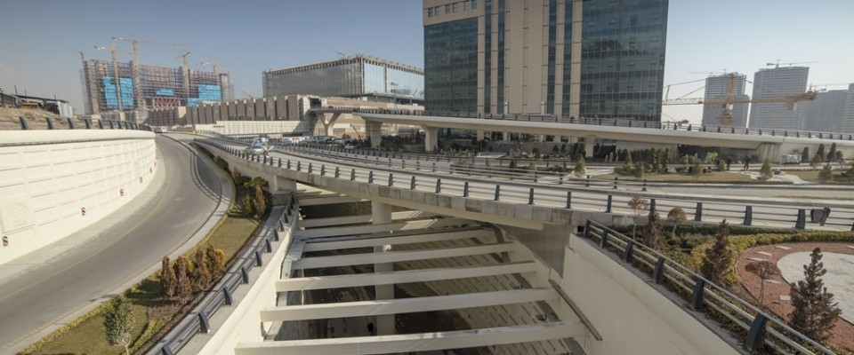 Iran Grand Mall bridges, ways and passages